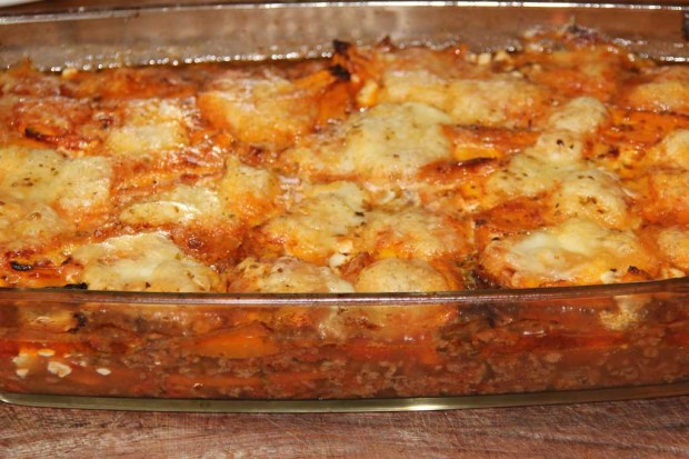Paleo/Primal Lasagne mit Büffelmozzarella und Karotten-Nudeln
